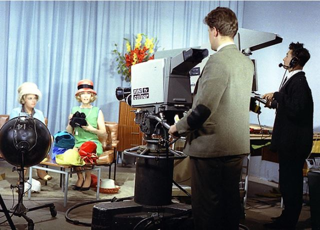 1963 Philips Experimental color camera at BBC comparison to Marconi BD 949